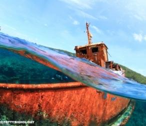 ダイビングポイントでは珍しい【座礁船ポイント】